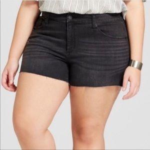BNW/out tag Universal Thread sz 24W Jean Shorts!!